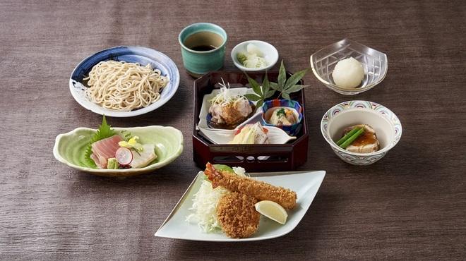 とんかつ まい泉 - 料理写真:8月宴会メニュー3500円
