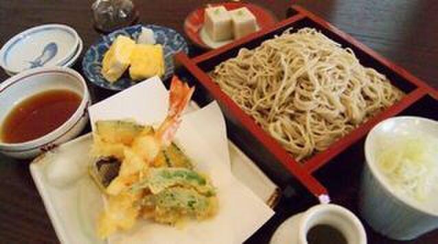 吉敷 末広 - 料理写真:1番人気の末広御膳!天ぷら、玉子焼きも出来たてです!