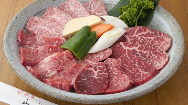 山水苑 - 料理写真:厳選和牛5品盛は人気ランキング堂々1位