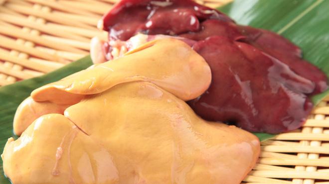 大人の隠れ居酒屋 豊和 - 料理写真:比内地鶏 白レバー & 赤レバー
