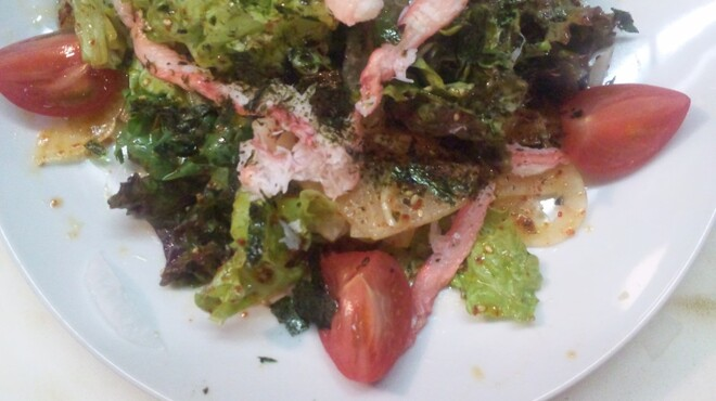 雄 - 料理写真:韓国風海鮮サラダ