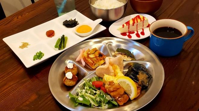 炭火焼鶏×デザート こてつ - メイン写真: