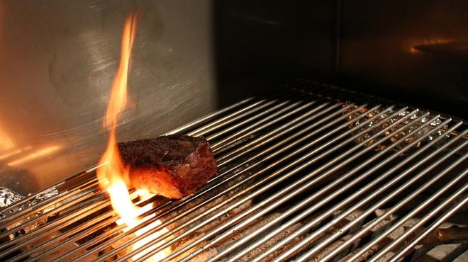 アンティカブラチェリアベッリターリア - 料理写真:処女牛炭火焼き