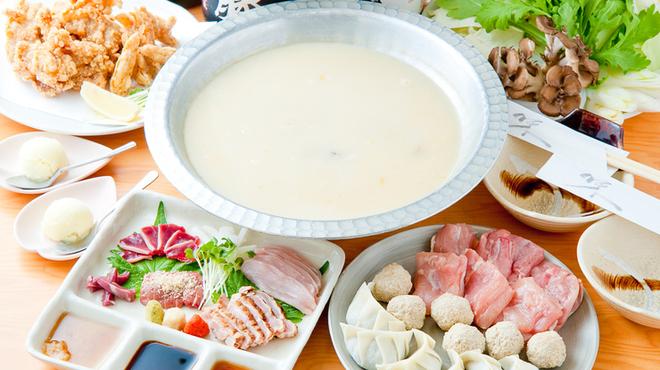 夢家 - 料理写真:夢家の自慢の料理を一度に満喫できる『水炊き』