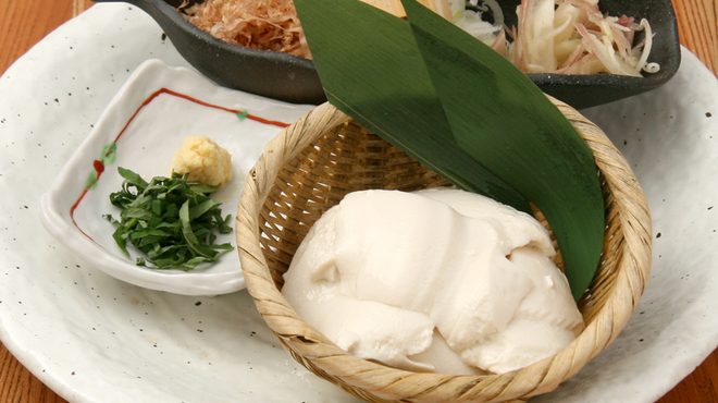 蔵や - 料理写真:自家製ざる豆冨:550円:大豆の風味豊かななめらか豆冨