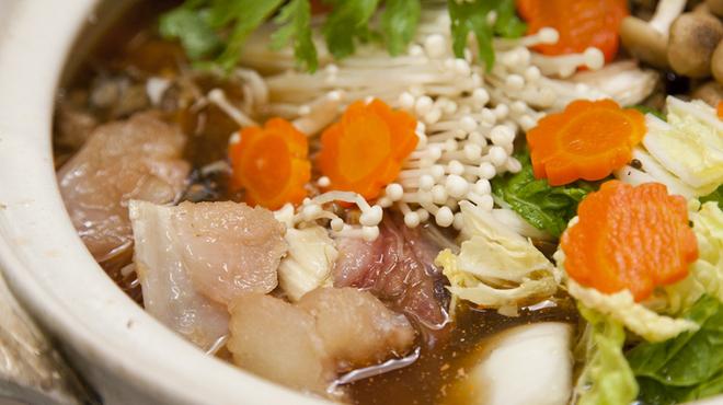 海鮮焼鮮圭 - 料理写真:銘酒とともに、じっくりと味わいたい冬の味覚『アンコウ鍋】
