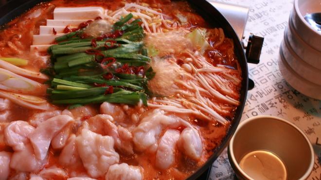 チョンケグリ - 料理写真:ホルモン鍋 国産ホルモン使用(ギャラ、マルチョウ)