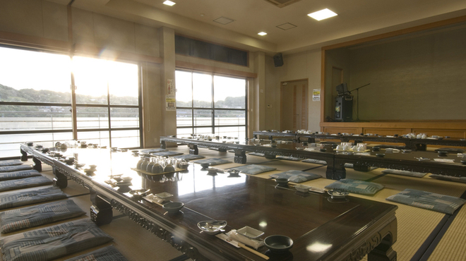 お魚処 玄海 - 内観写真:大小宴会に対応できる大広間