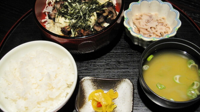 九州居酒屋 克 - 料理写真:<ランチメニュー> チキン南蛮丼 680円