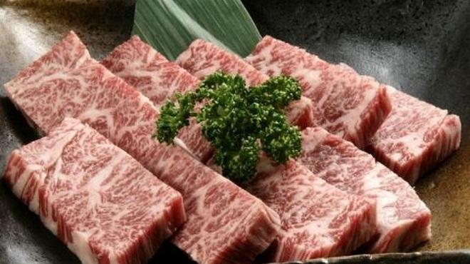 蔓牛焼肉 太田家 - 料理写真:特選角切盛り