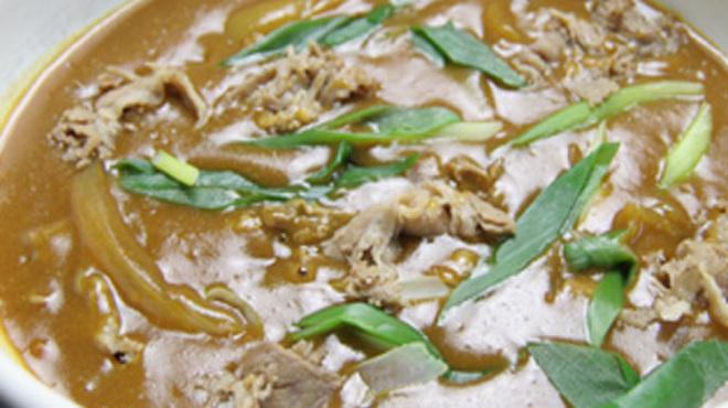 はなこ - 料理写真:名物 肉カレーうどん680円