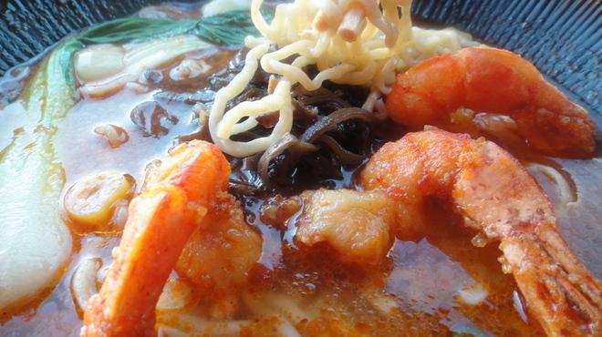 和の中 - 料理写真:烏龍海老ラーメン