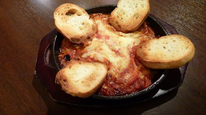 ぼろもち家 - 料理写真:フルーツトマトのチーズ焼き