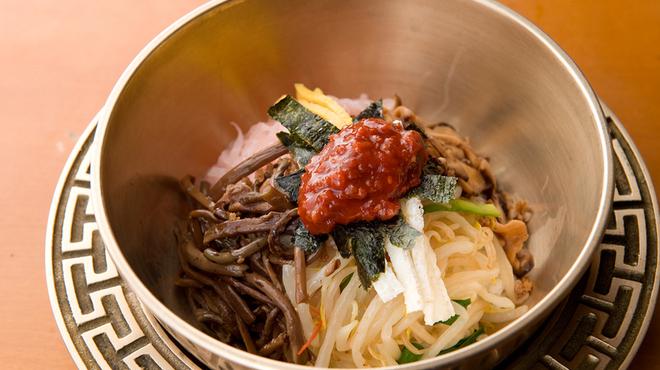 銀座 王十里 - 料理写真:王十里ビビンバ