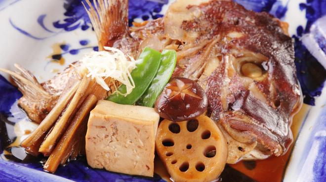 無名塾 - 料理写真:リピーターが多い『タイのあらだき』