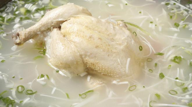 韓国食堂 ジョッパルゲ - 料理写真:サムゲタン 2,960円
