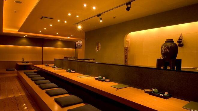 瓢 - 内観写真:2階カウンター席