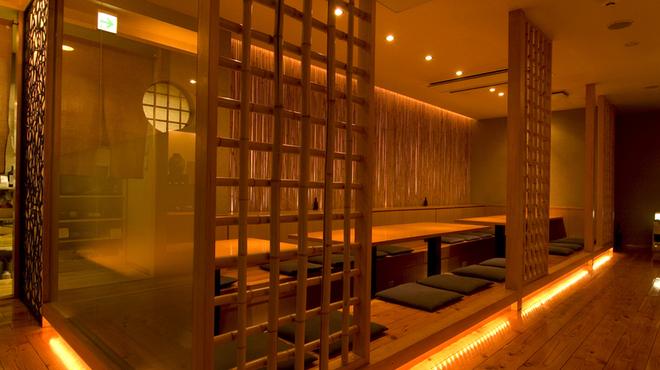 瓢 - 内観写真:2階テーブル席