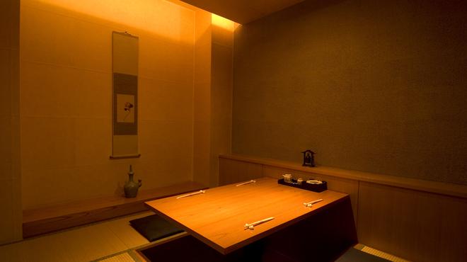 瓢 - 内観写真:2階個室(4~5名様・掘ごたつ)