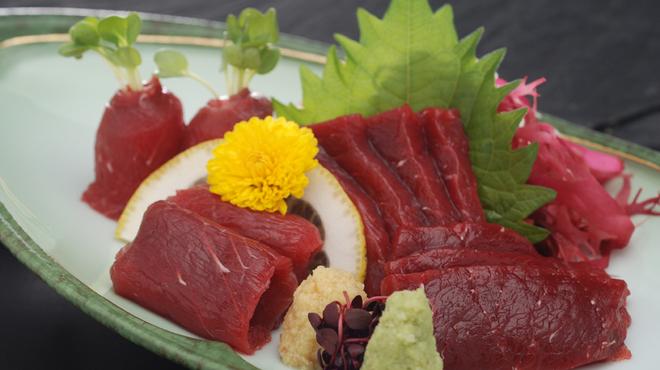 瓢 - 料理写真:くじらの刺身