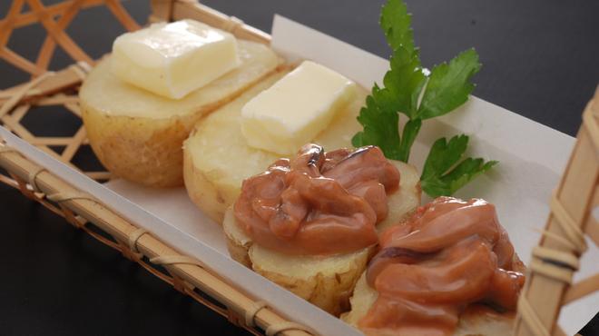 瓢 - 料理写真:じゃがバター塩辛付