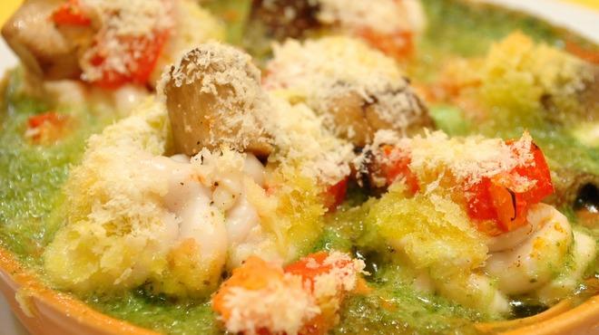 Aux delices de dodine - 料理写真:季節限定白子のオーブン焼き。とろける白子が絶品です