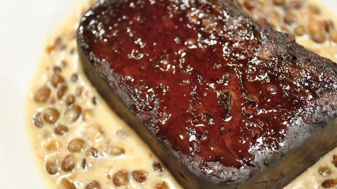 Aux delices de dodine - 料理写真:ブーダンノワール 豚の温かいテリーヌレンズ豆のラグー添え