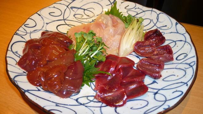 ふじみや - 料理写真:オススメの鶏刺し★