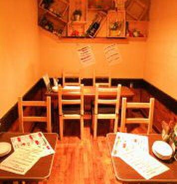 夜市 - 内観写真:最大12名様迄のお洒落な個室は各種宴会、大人合コンにも最適な空間です!!.jpg