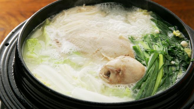 美味談 - 料理写真:【鍋】素材エキスが溶け出たスープは飲み干したくなる程美味