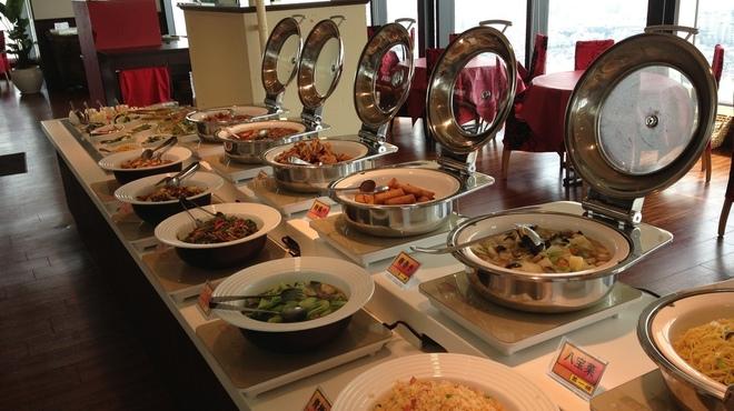 第一楼 - 料理写真:本格中華料理のビュッフェ