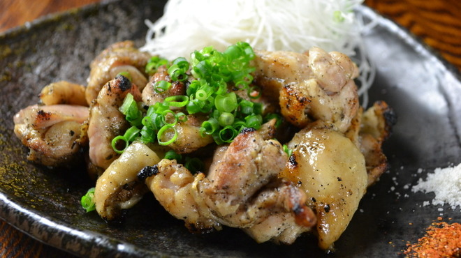 桜座蔵 - 料理写真:桜島どりの炭火焼き