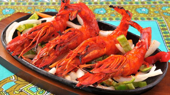 SITAL - 料理写真:タンドールで焼く大きな海老