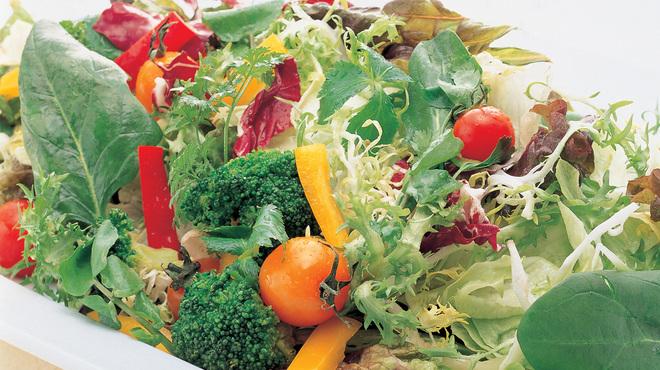 ブッフェ ザ・ヴィラ - 料理写真:フレッシュ野菜を多くご用意しております