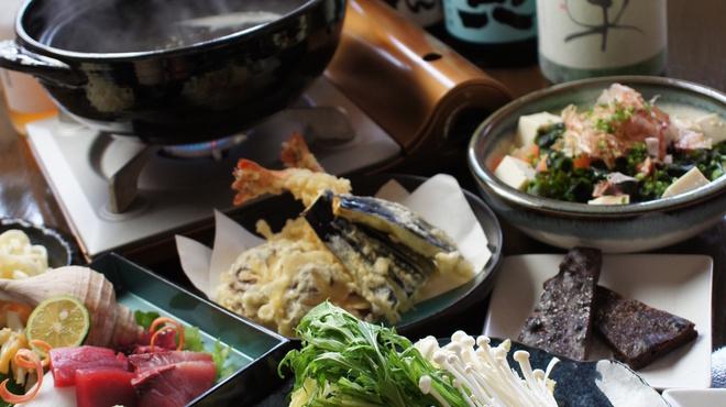 貴楽 魚と野菜 - 料理写真:歓送迎会、新年会は本格和食が楽しめる当店で!鍋コースをご用意しております!詳しくはお問い合わせ下さい。