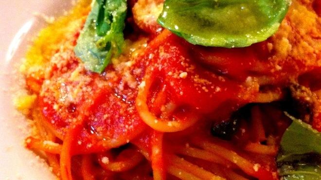 ターブルドット - 料理写真:シンプル、直球のトマトソース!ポモドーロ