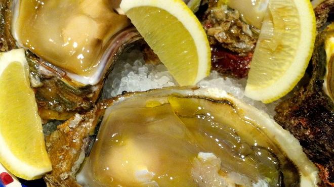 ターブルドット - 料理写真:牡蠣選びには自信があります!