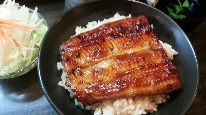 うなぎ 仙見 - 料理写真:ランチうな丼