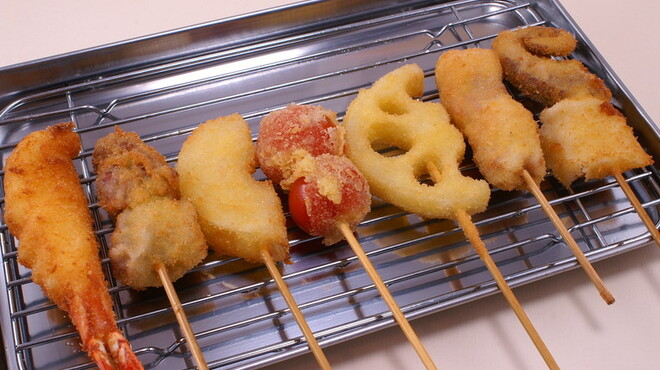 串揚げ じゅらく - 料理写真:外はカリッと中はモチモチの食感がたまらない!