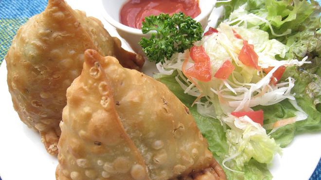 ヒマラヤンビレッジ - 料理写真:サモサ