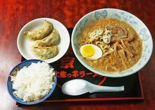 環七土佐っ子ラーメン - 料理写真:こってりしたスープにしっかりとした麺が人気♪お得なセットも!