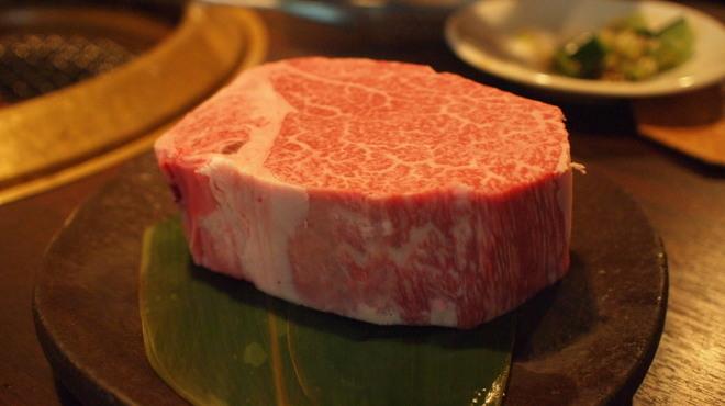 SATOブリアン - 料理写真:シャトーブリアン塊焼き250㌘