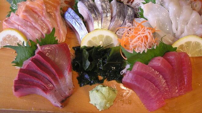 居酒屋 大漁 - 料理写真:お造り盛合せ