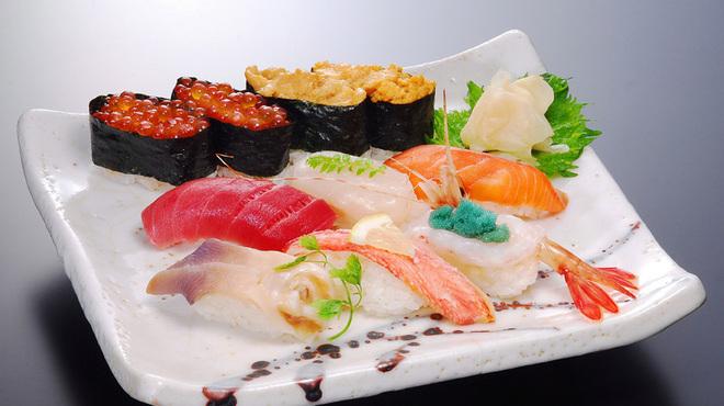 千春鮨 - 料理写真:小樽オススメにぎり