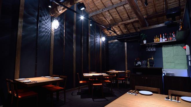 PESCA - 内観写真:≪蔵を改築した趣ある店内≫2Fは天井が高くて開放的です。