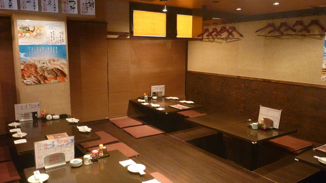 博多酒場きなっせい - 内観写真:掘りごたつのお席は15~20名様の個室としてもご利用可能です