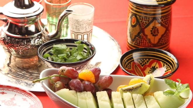 モロッコ タジンや - 料理写真:ミントティーに始まりデザートにはフレッシュなフルーツを!