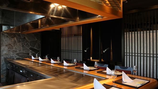 さが風土館 博多季楽 - 内観写真:3階鉄板焼カウンター席