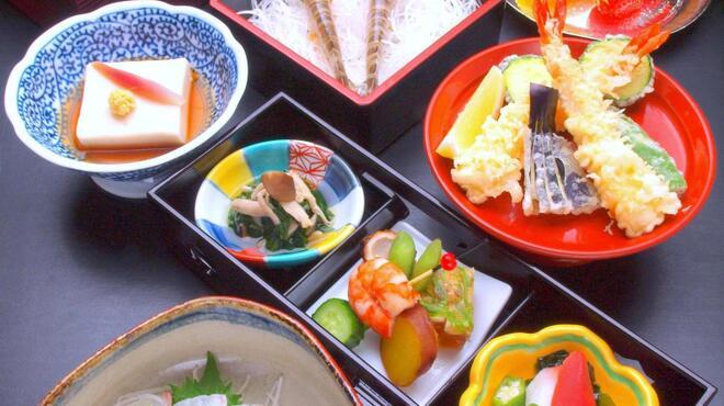 美々卯 - 料理写真:うどんすきあかねコース ¥6500