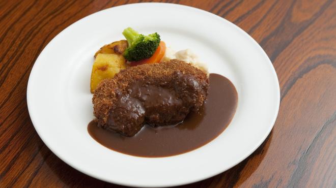 はり重 グリル - 料理写真:ビーフカツレツ